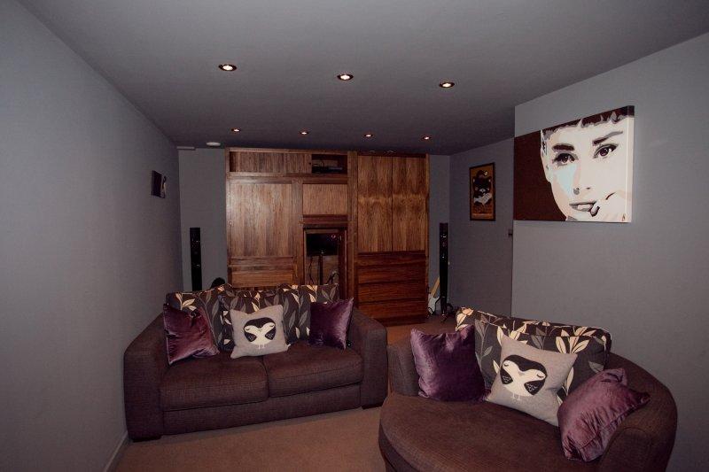 Paul Bayne Furniture Maker